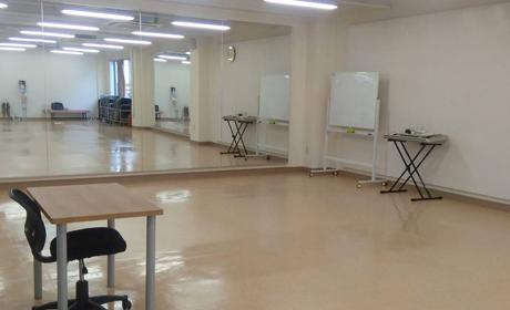 スタジオ鹿児島校